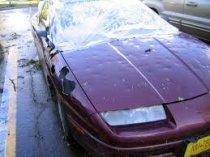 Medios para fijar abolladuras coche dañado por el granizo