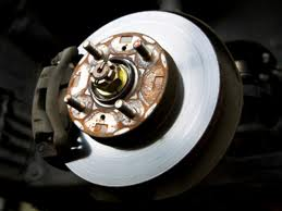 Saiba como ajustar o interruptor do freio