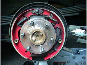 Changing drum brakes steps