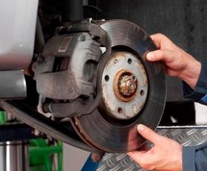 Some procedures to improve the braking performance